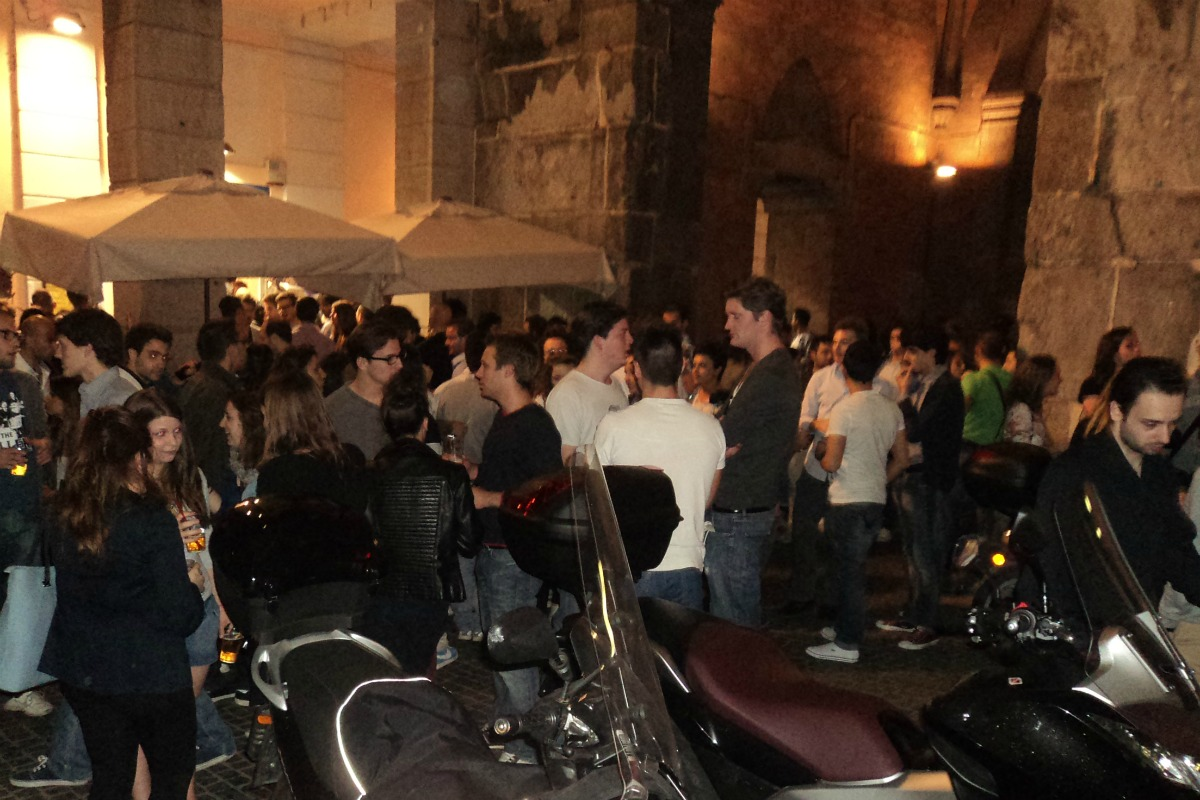 Milan Nightlife mygreecemytravels (8)