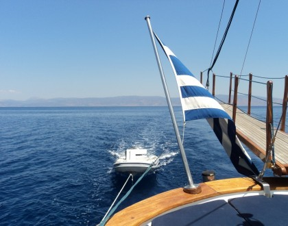 Sailing to Hydra