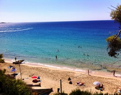 Makris Gialos Beach in Kefalonia