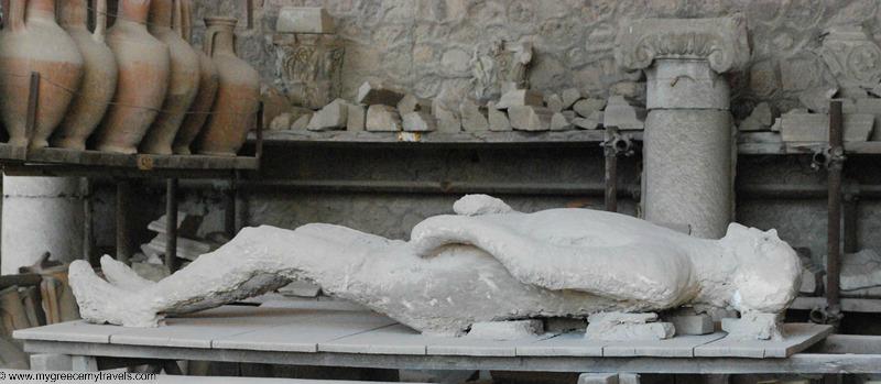 bodies of pompeii