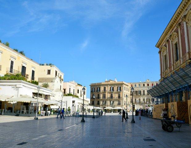 piazza barivecchia