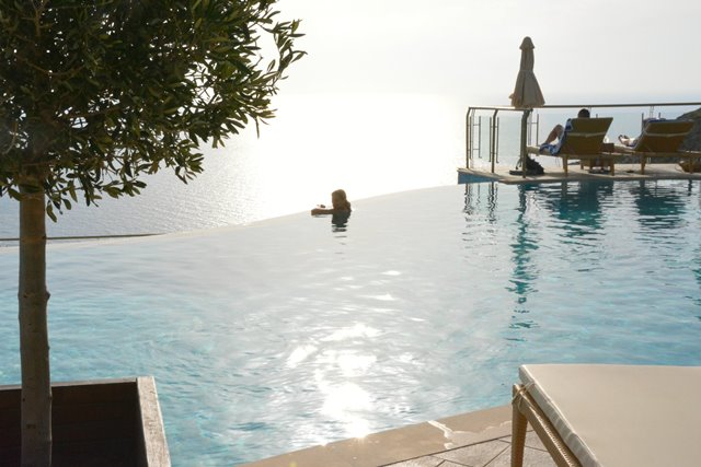 Infinity pool view travel greece travel europe - Infinity pool europe ...