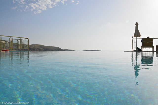 Infinity pool travel greece travel europe - Infinity pool europe ...