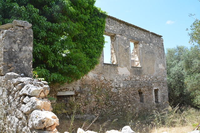 Abandoned Earthquake Villages of Kefalonia