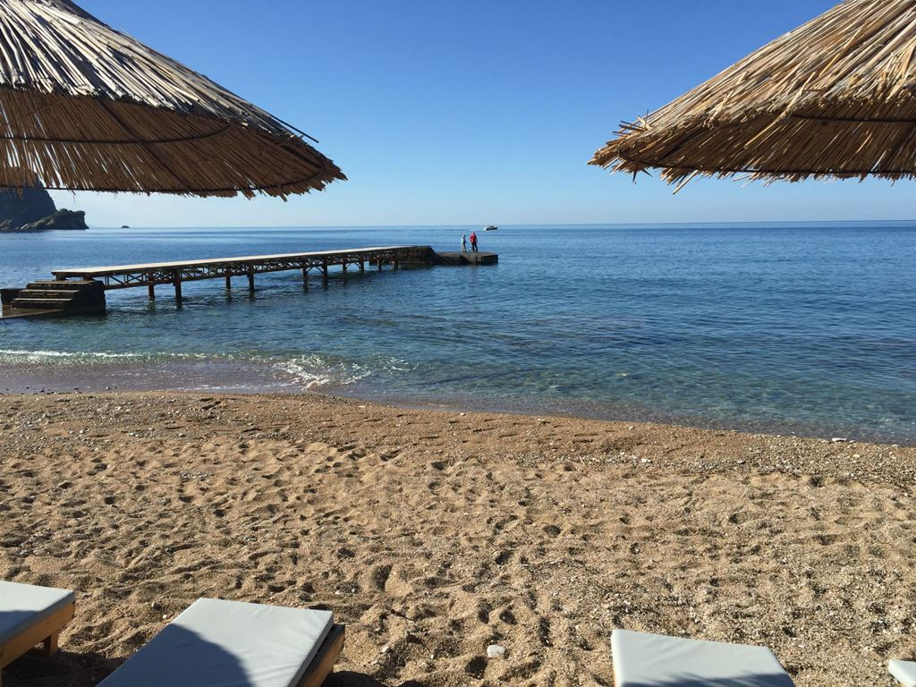 view from the beach loungers