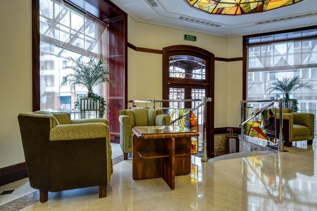 Hotel lobby at the Rialto.