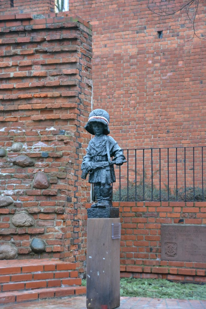 Statue of the Little Insurgent.