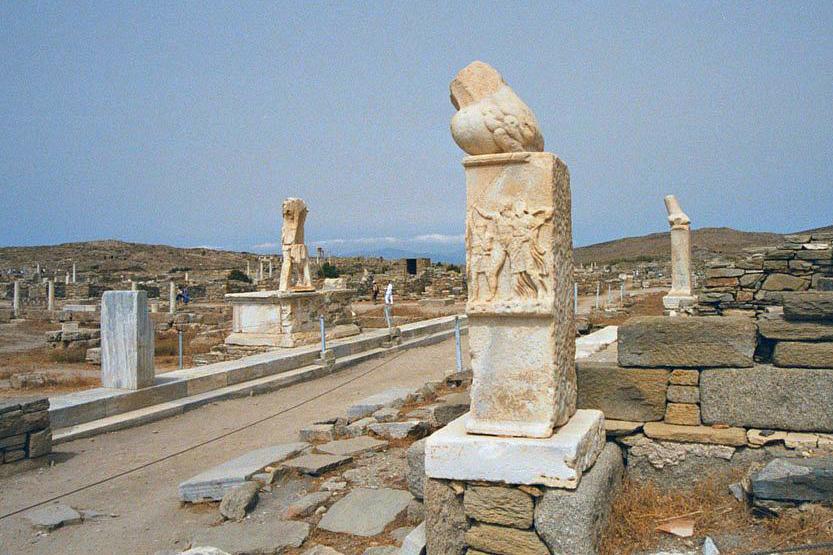delos phallic statue mygreecemytravelsblog