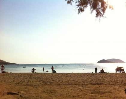 21 Beautiful Free Beaches in Athens