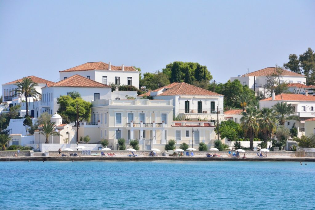 biking-to-the-beaches-on-spetses-mygreecemytravels-4