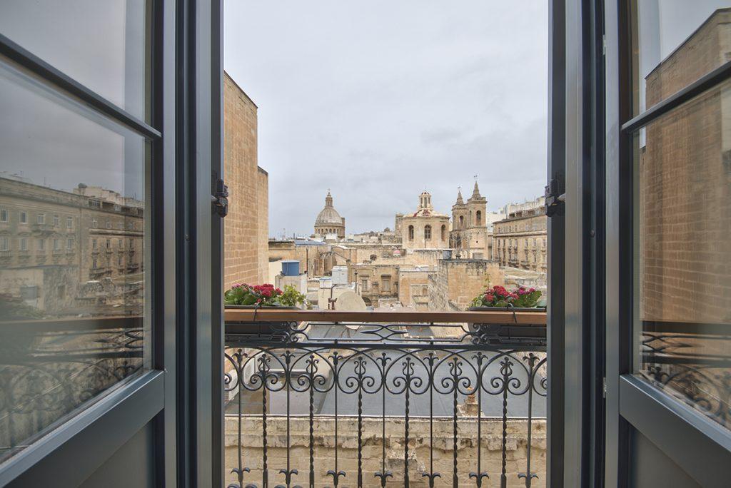 A classic boutique stay in malta la falconeria travel for Design boutique hotel malta