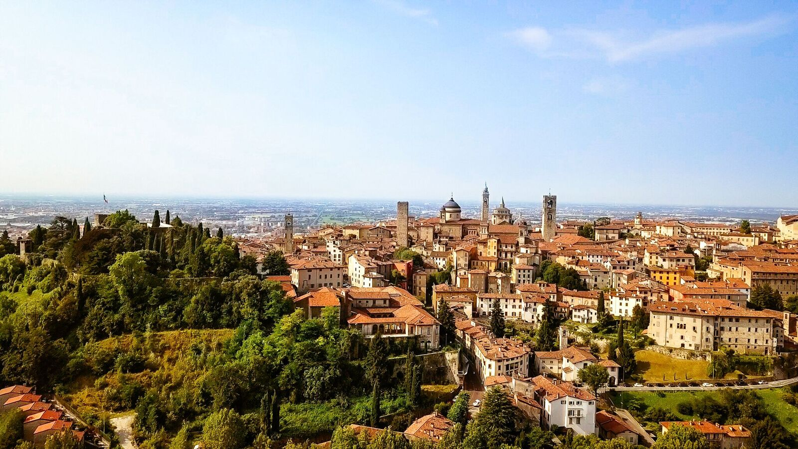 Citta Alta: Bergamo Upper Town's Old World Europe